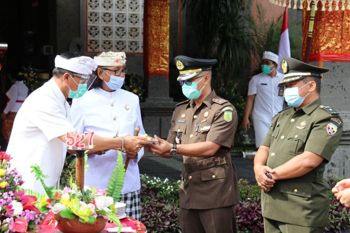 """""""Welas Asih"""" Warnai HUT ke-527 Kota Tabanan"""