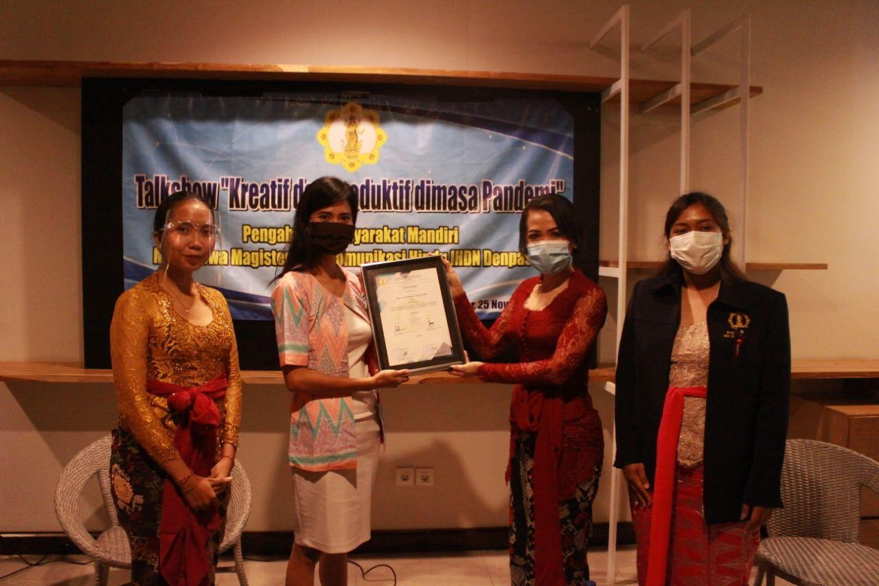 Mahasiswa UHN IGB Sugriwa Asah Kreativitas di Tengah Pandemi