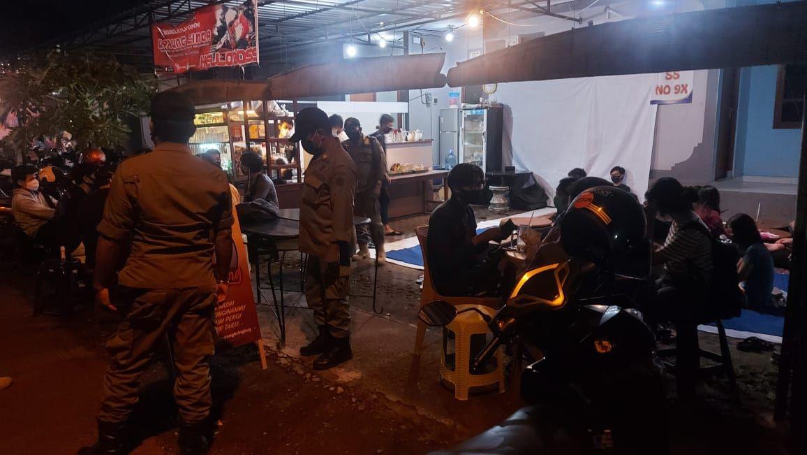 Ditertibkan, Dua Kafe di Denpasar Langgar Prokes