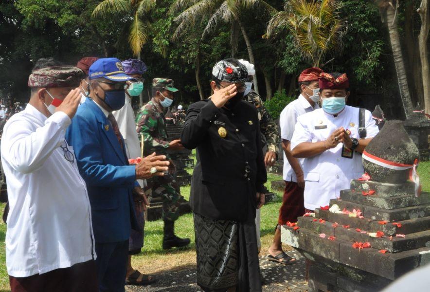 Wagub Cok Ace Pimpin Apel Peringatan Puputan Margarana ke-74