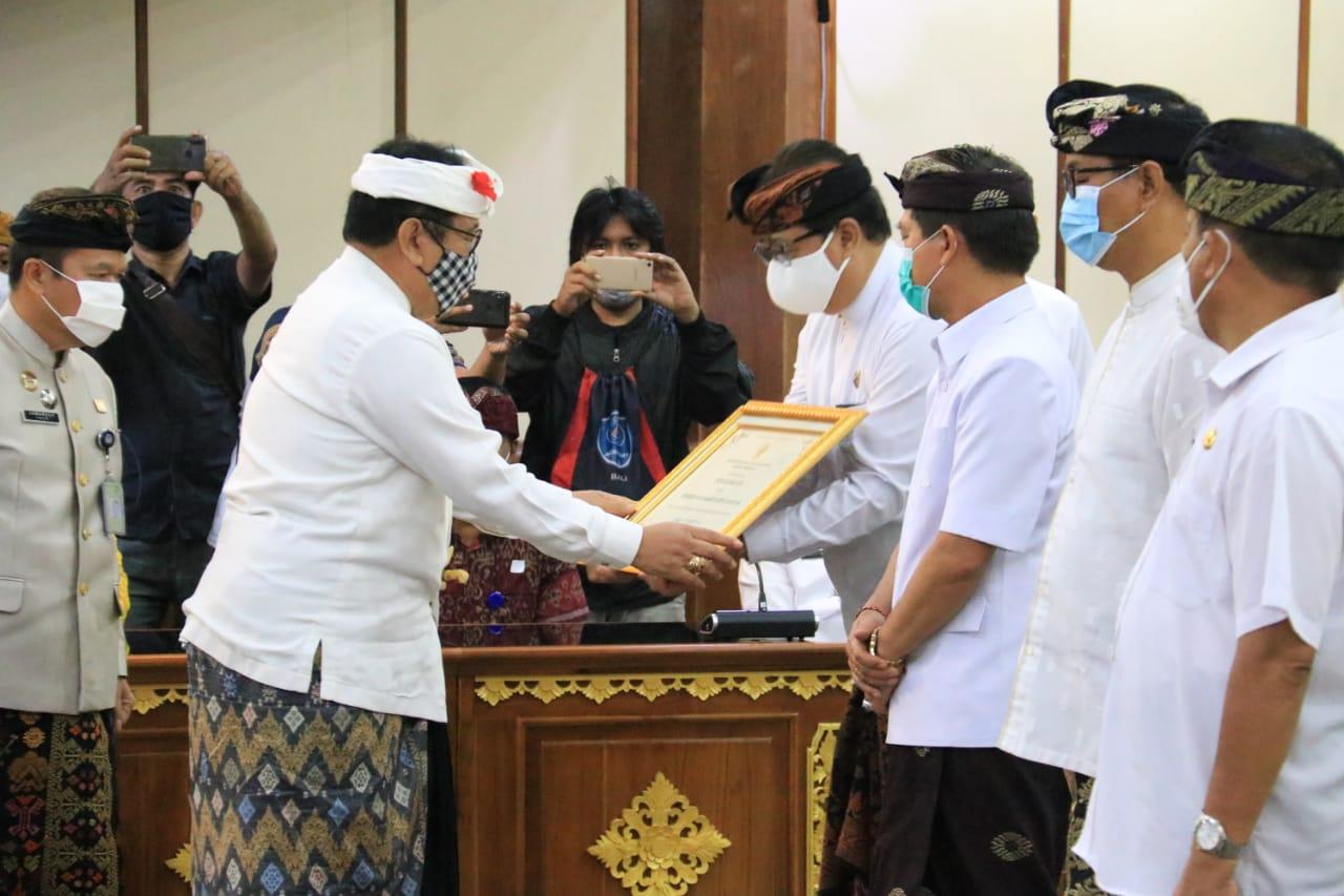 Gianyar Raih Penghargaan Kabupaten Peduli HAM