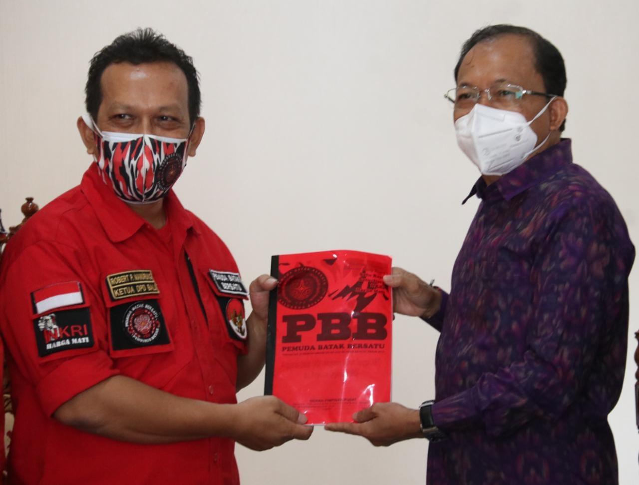 Gubernur Koster Ajak Organisasi Kepemudaan Jaga Kerukunan Bali yang Heterogen