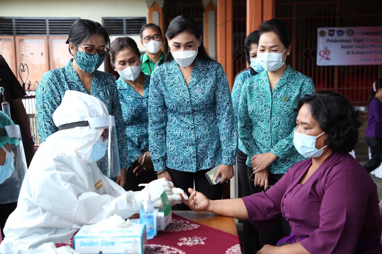 Rapid Test Gratis Bagi Perempuan di Gianyar