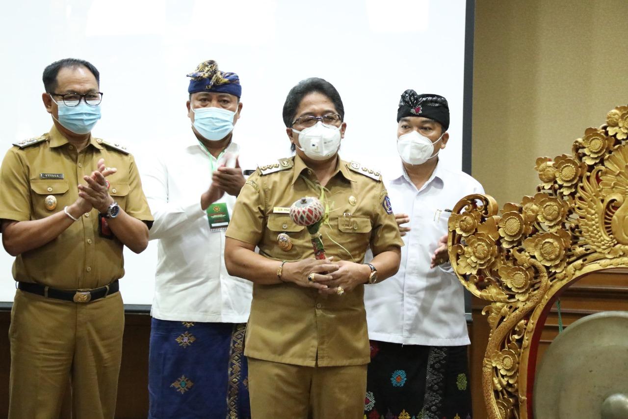 Lokasaba V Pasemetonan Pratisentana Bendesa Manik Mas Kabupaten Badung