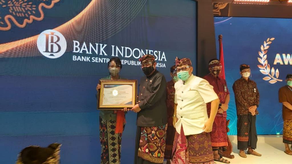 Badung Raih Penghargaan Mitra Kerja Terbaik KPw BI Bali Kategori TPID