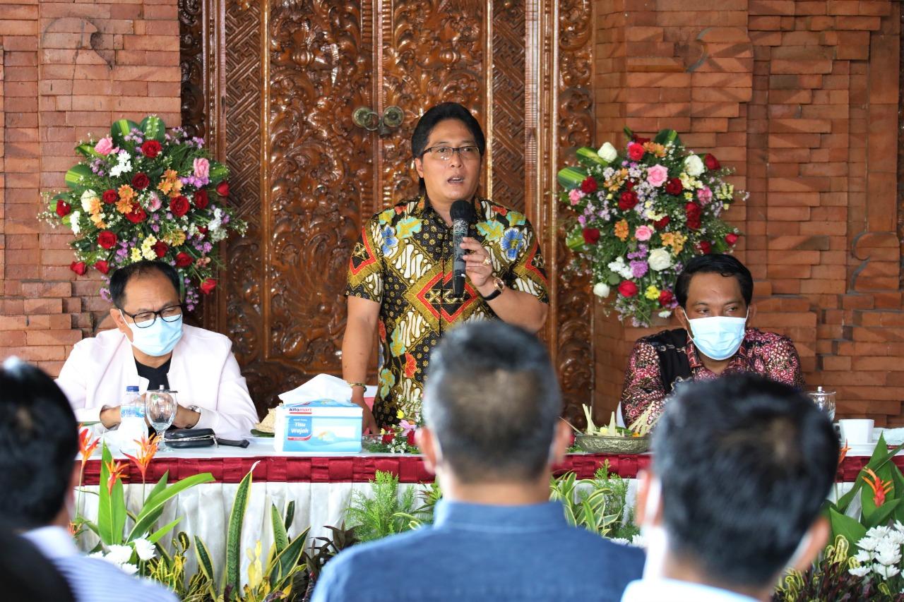 Giri Prasta Komitmen Lanjutkan Program Pro Rakyat