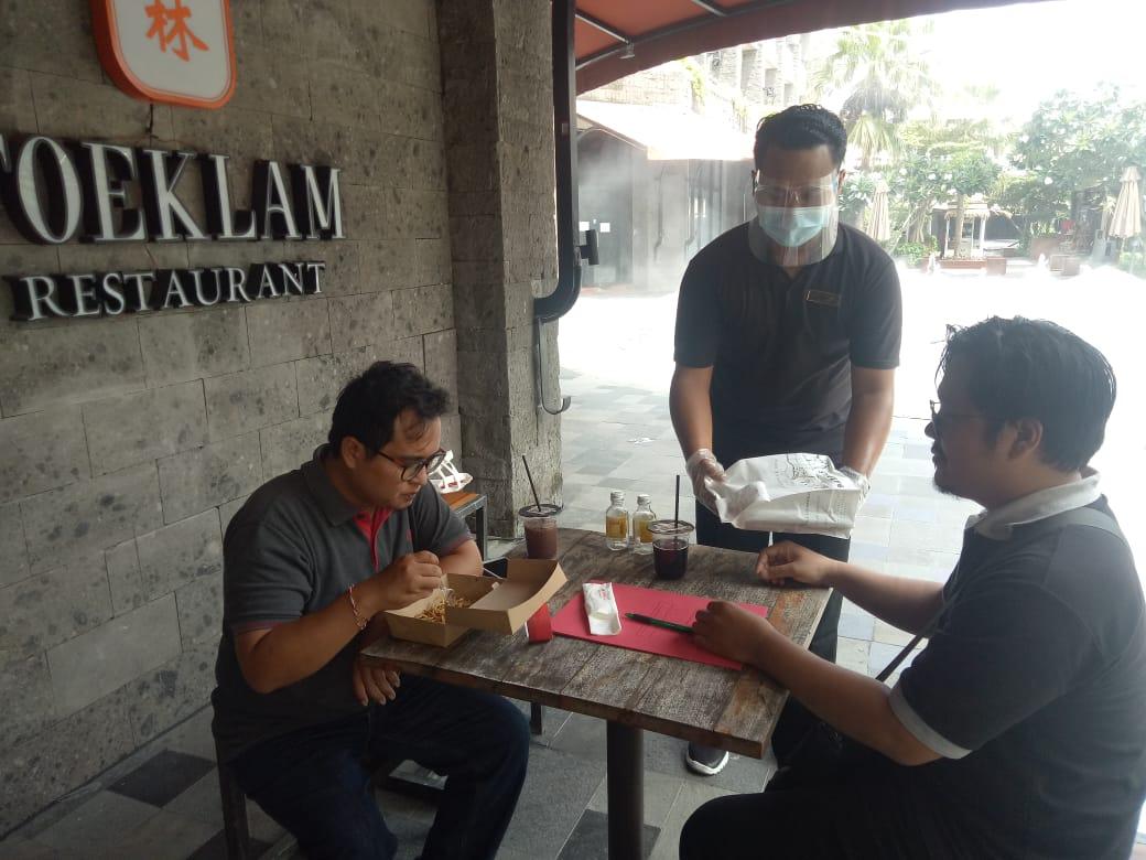 """Pesan Makanan Dengan """"Samasta Click & Collect"""""""
