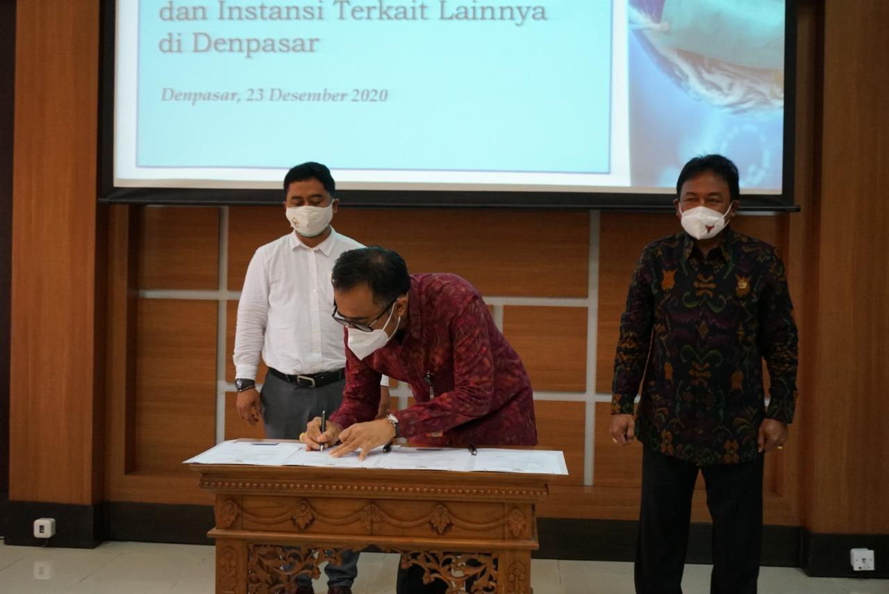 Pemkot Denpasar Terima LHP Kinerja Penanganan Covid-19