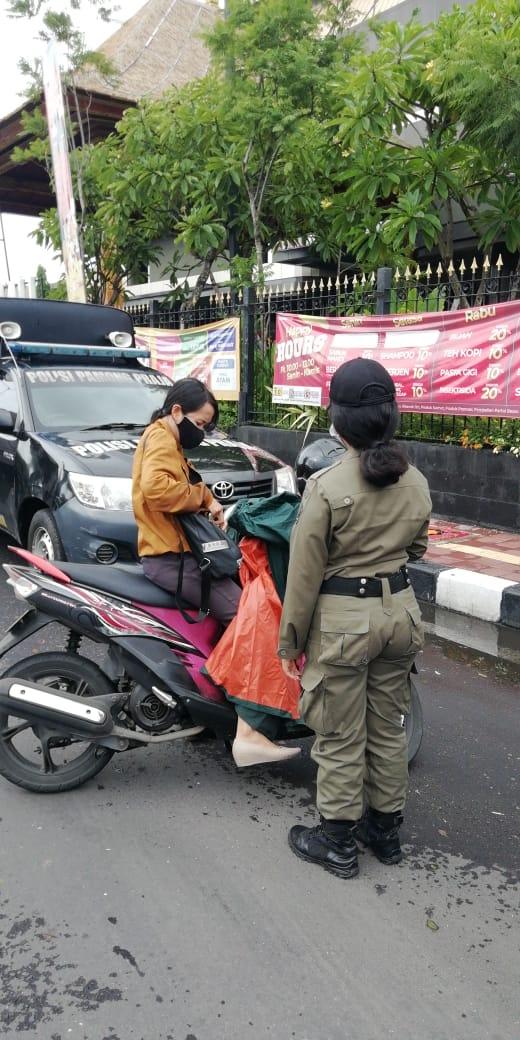 Razia Penegakan Prokes, 3 Orang Didenda, 17 Ikuti Hukuman Sosial