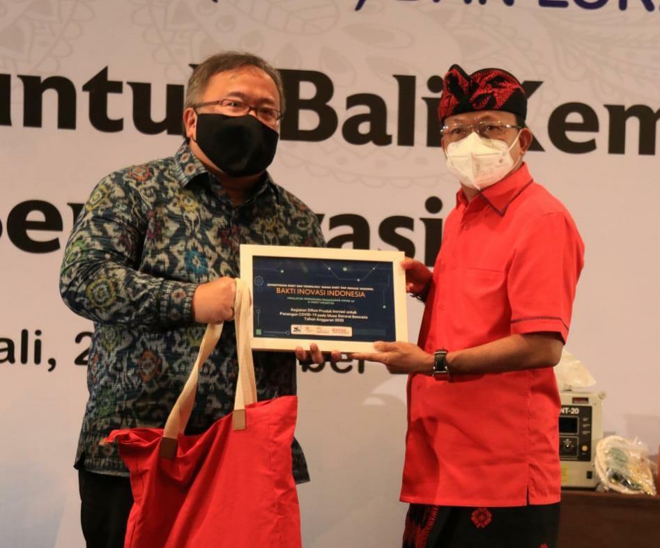 Gubernur Koster Terima Bakti Inovasi Indonesia Dari Menristek/BRIN RI