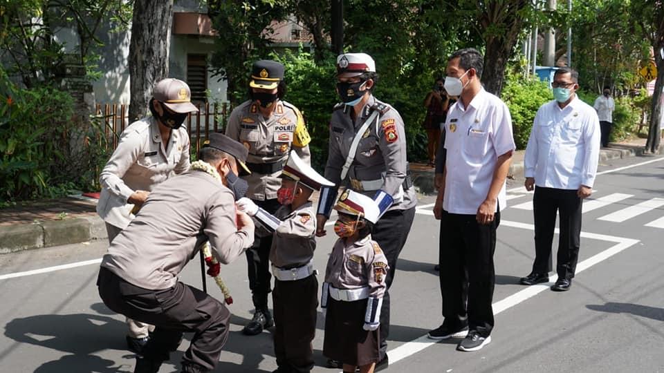 Kapolda Bali ke Karangasem. Minta Kerukunan Umat dan Kemanan Pilkada Dijaga
