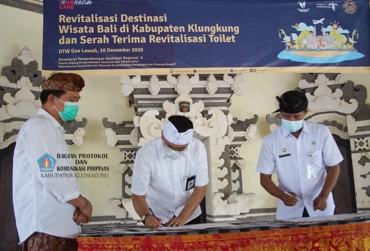 Destinasi Wisata Goa Lawah Terima Revitaliasi Toilet Bersih
