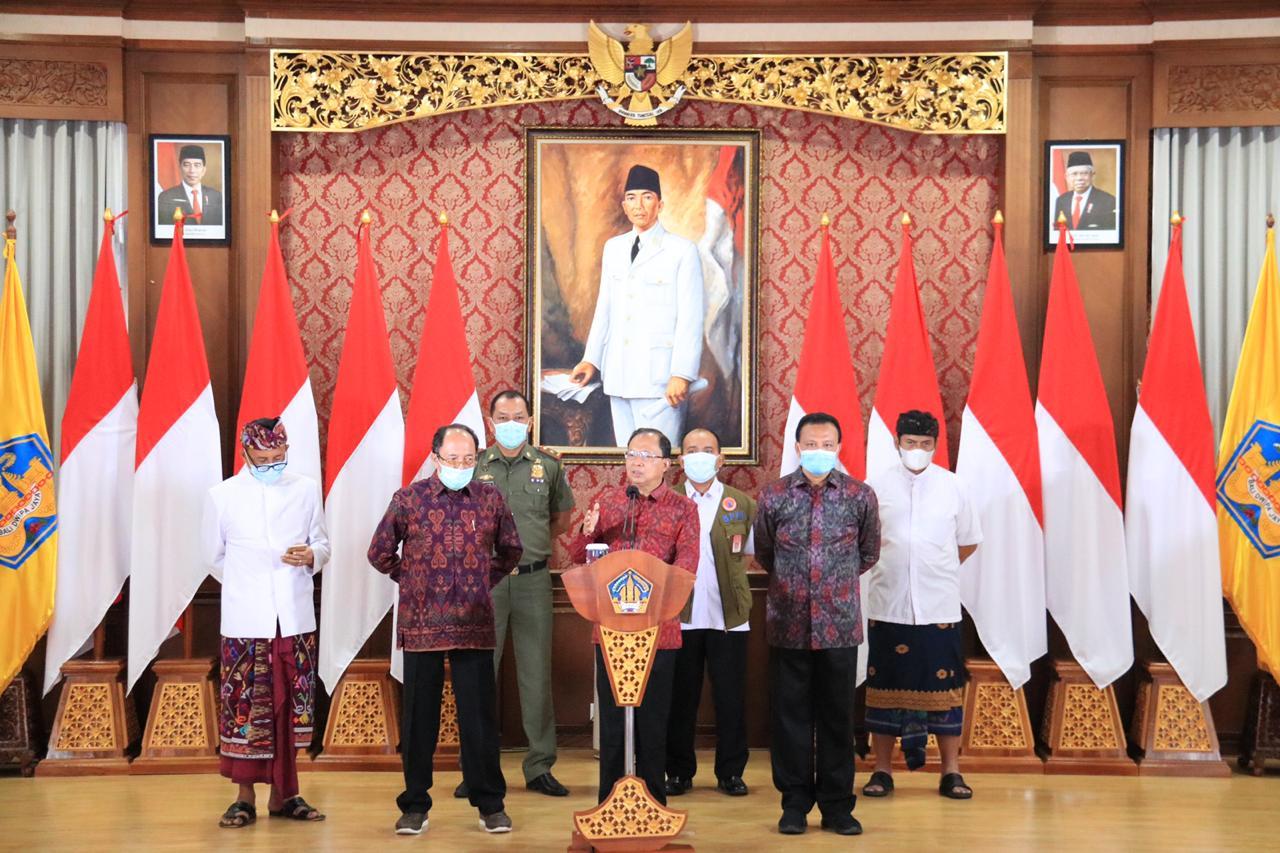 Gubernur Koster Umumkan SE Pelaksanaan Kegiatan Masyarakat