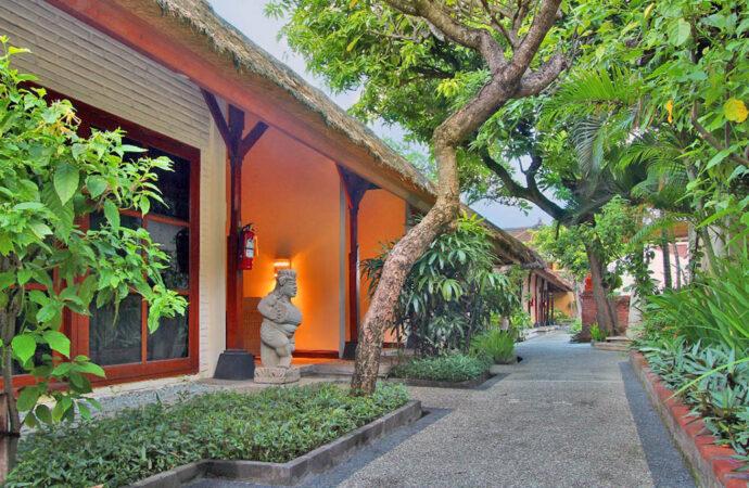 Alam Kulkul Boutique Resort Appears in Classic-Modern Style