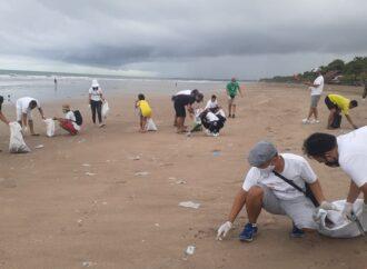 """Bali Beach Clean Up"". Besok  Rabu (6/1) Januari, Mulai Pukul 07.00 Pagi. Di Lima Pantai"