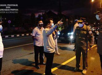 Bupati Suwirta Bersama Forkompinda Monitoring Malam Pergantian Tahun