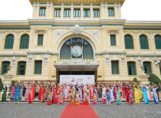 """7th Ho Chi Minh City Ao Dai Festival"" Luncurkan Program Kampanye ""I love Vietnamese Ao Dai"""