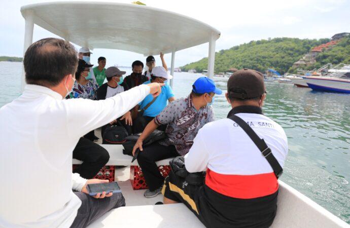 Masa Depan Nusa Ceningan di Pelabuhan Bias Munjul