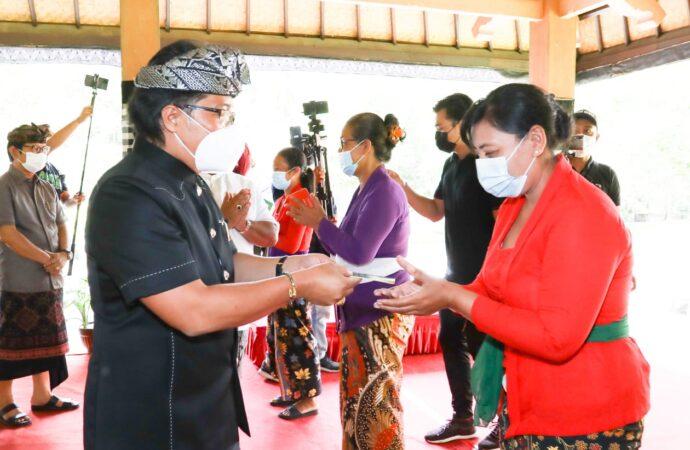 Badung Realisasikan BST Selama Pelaksanaan PPKM
