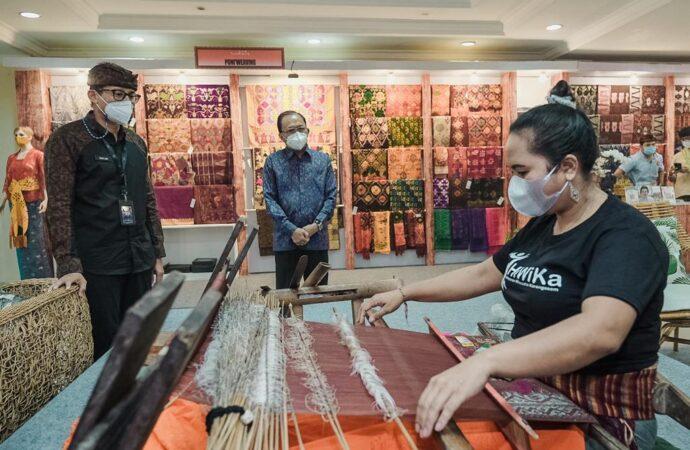 """Menparekraf Apresiasi Pameran IKM """"Bali Bangkit 2021"""""""