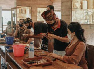 Sri Ratih Cottages Perkenalkan Tradisi Kuno Desa Celuk