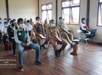 Bupati Suwirta Buka Pelatihan Peningkatan Kapasitas Pengelolaan Sampah Tingkat Desa