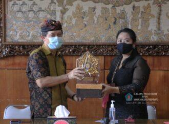 Universitas Ngurah Rai Diminta Turut  Membantu Masyarakat Hadapi Masa Pandemi Covid-19