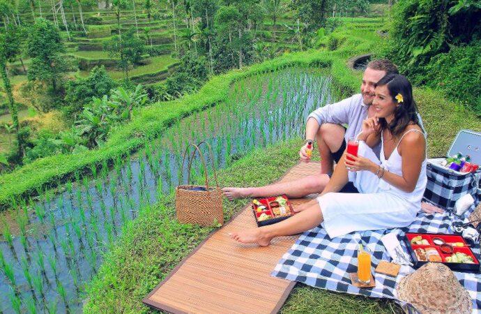 "Valentine ""Romantic Staycation"" di The Kayon Resort Ubud"