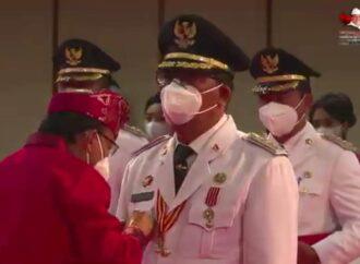 Wabup Sanjaya Dilantik Sebagai Bupati Tabanan Periode 2021-2024