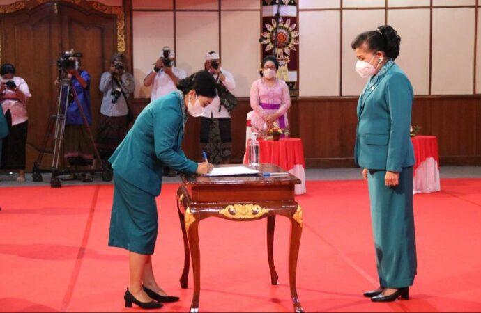 Ny. Sagung Antari Jaya Negara Dilantik Jadi Ketua TP PKK dan Ketua Dekranasda