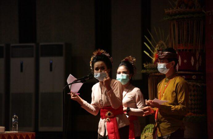"""""""Debat Mabasa Bali"""", Mengasah Kemampuan Berbahasa Bali"""