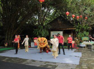 Satwa Endemik Indonesia Meriahkan Imlek 2021 di Bali Safari