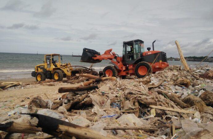 Ini Upaya Penanganan Sampah di Pantai Kedonganan