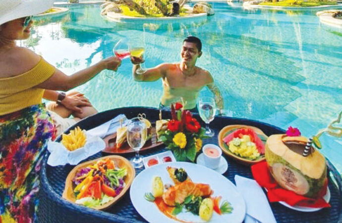 Floating Breakfast and Brunch at Grand Inna Bali Beach
