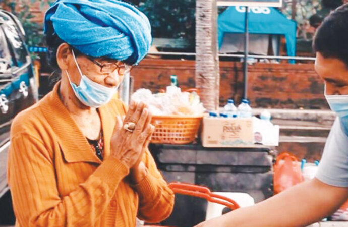 The Haven Suites Bali Berawa Shares Jinggo Rice at Badung Market