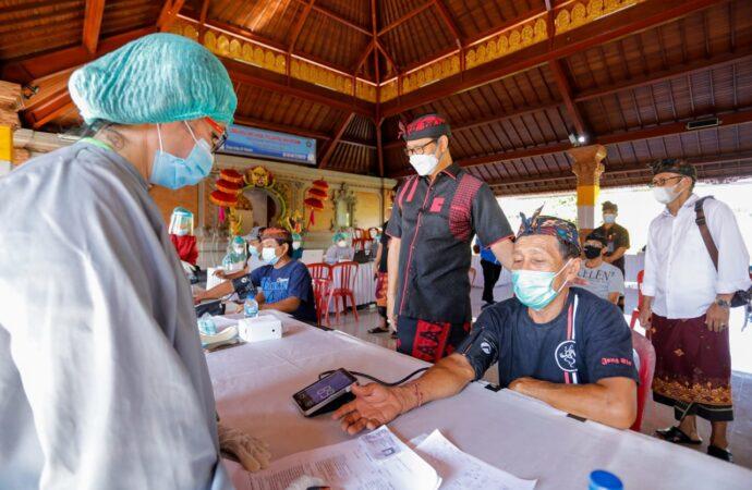 Vaksinasi Covid-19 di Desa Dalung