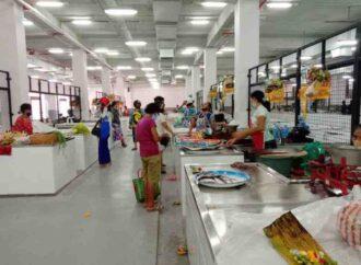 26 Maret 2021, Pedagang di Pasar Banyuasri Mulai Beraktivitas