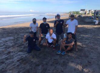 Bersih Pantai Wujud  Kepedulian Kawasan Wisata Pesisir