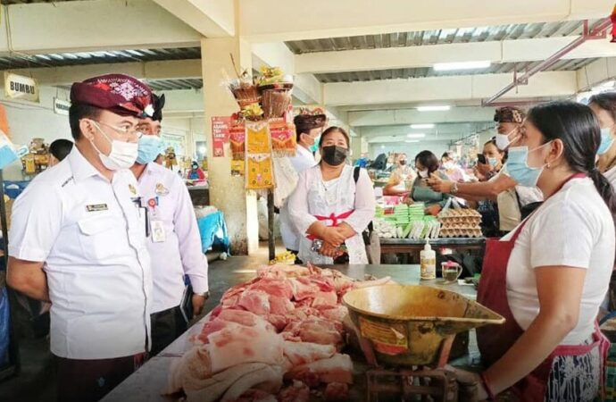 TPID Sidak Pasar Amlapura Timur