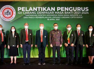 Walikota Jaya Negara Hadiri Pelantikan IDI Denpasar