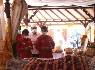 Bupati Sanjaya Melayat ke Puri Agung Kerambitan