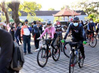 Wabup Kasta Lepas Peserta KPU Bali Bike 2021