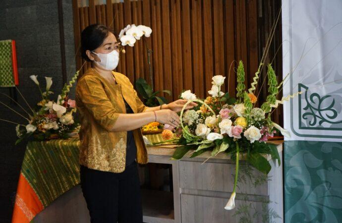 Denpasar Kembangkan Bunga Lokal