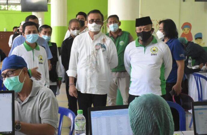 Vaksinasi di Mushola Baitul Mu'miniin BKDI Bali