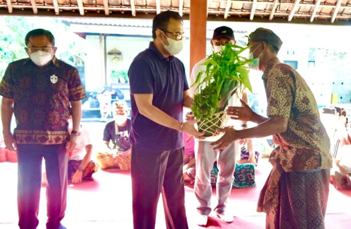 Bantuan Pangan dan Sembako untuk Pekaseh Se-Kota Denpasar