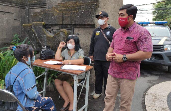 Penertiban Prokes di Jalan Raya Pemogan Denpasar