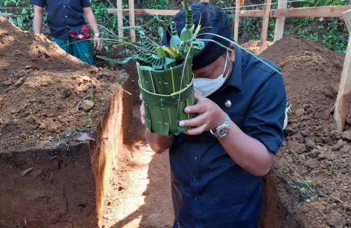 Pembangunan TPS3R Desa Adat Bonjaka
