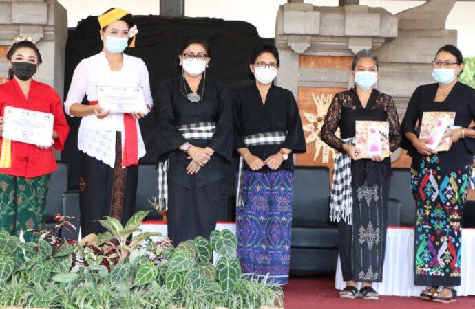 PAKIS Bali Gelar Pelatihan Etika Busana Adat di Buleleng