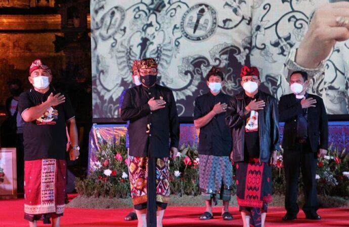 Gubernur Koster Gemakan Peringatan Bulan Bung Karno III di Bumi Makepung