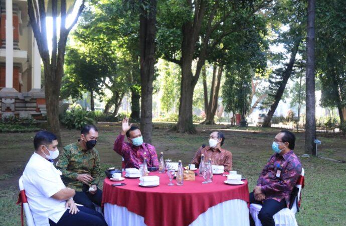 Vaksinasi Efektif Kendalikan Covid-19 di Bali